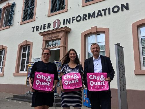 cityquest-stadtrallye-trier-tourist-information-an-der-porta-nigra